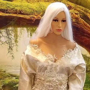 """""""Shalaywa"""" Ivory & Gold Wedding Set"""